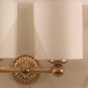 Arnolds Design Louis XIV Wandleuchte mit zwei Armen_zoom